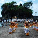 Tanah-Lot-Temple-During-Odalan